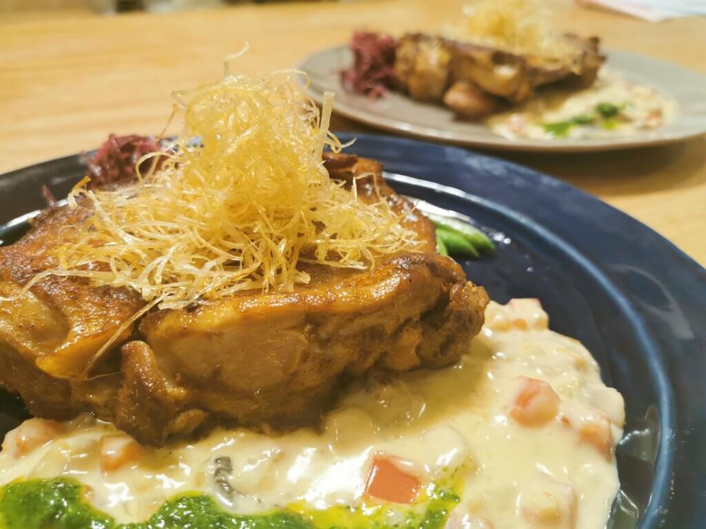銘柄鶏のグリエ クリームソース、バーボンの香り【大さじ小さじ換算レシピ】