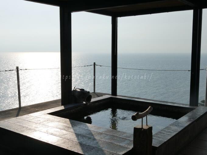 【海のほてる いさば】旅番組に登場する西伊豆の海に浮かぶ露天風呂が大絶景の宿の口コミ|子ども連れ旅行記