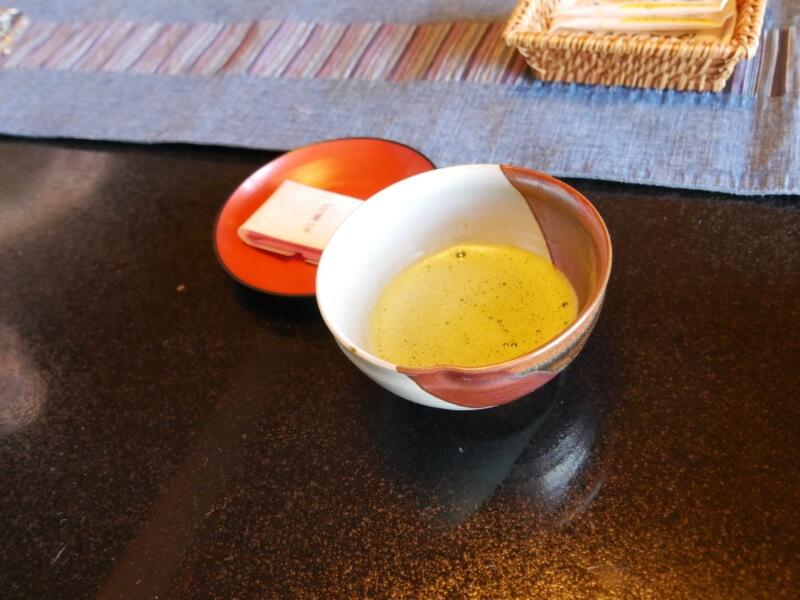 熱川館で出される抹茶。