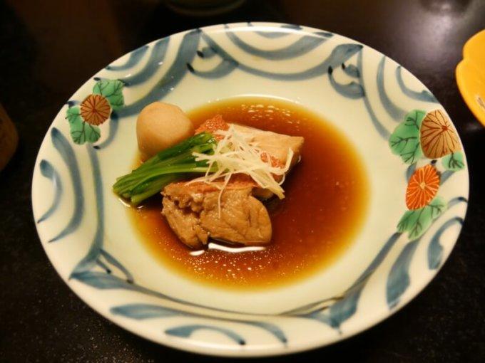 熱川館の夕飯「金目鯛の煮つけ」