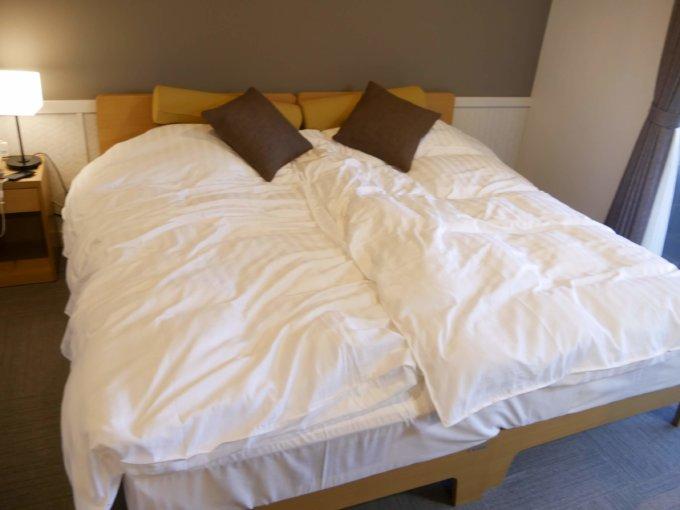 マホラリゾートのベッドがめっちゃ気持ちよい
